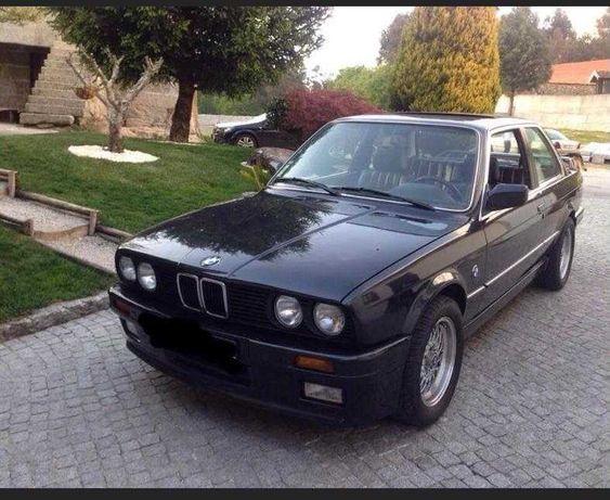 BMW E30 320i coupé