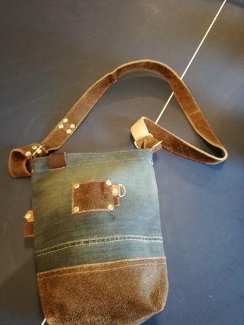 Recznie robiona torba na ramię listonoszka