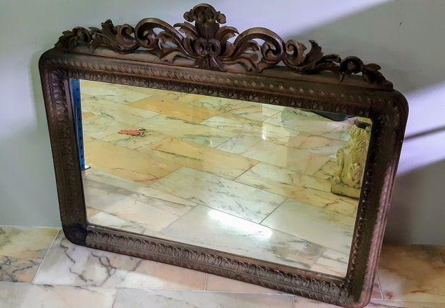 Espelho grande em madeira