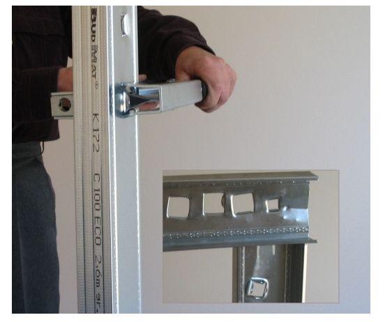 Wykrawanie otworów w profilach stalowych - dziurowanie - otwornica