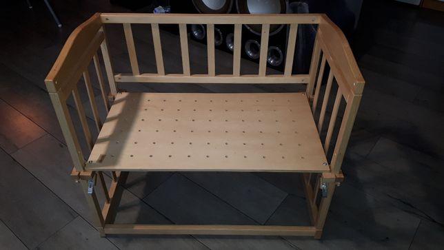 Kołyska dostawka do łózka rodziców lub samodzielna. Materac 45x79cm