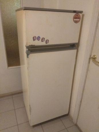 """Холодильник """"Атлант-215"""""""