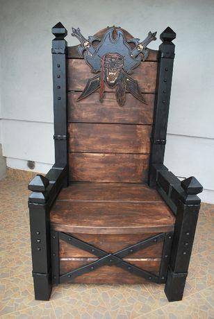 Tron Pirata! Krzesło!