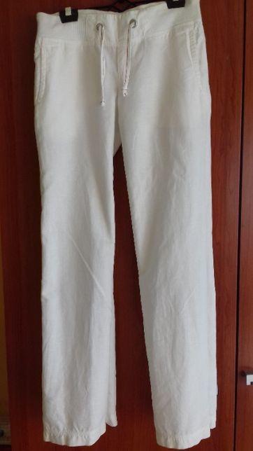 Białe szerokie spodnie lniano-bawełniane Reserved