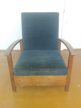 Stary fotel