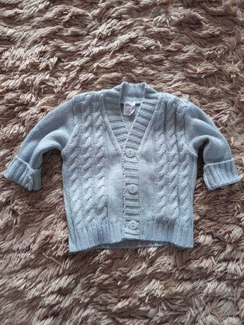 Sprzedam sweterek niemowlęcy szary