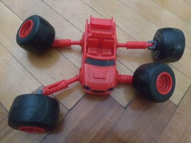 Цікава машинка для хлопчика