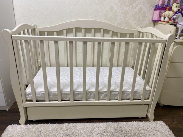 Срочно!!!Кроватка детская Veres +матрас и держатель для балдахина.