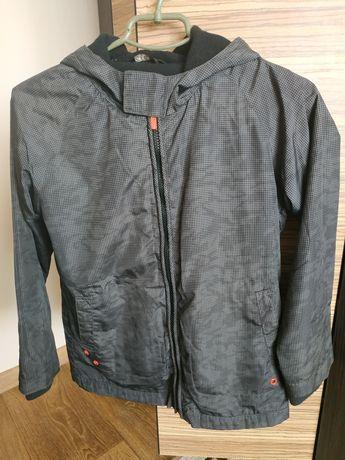 Куртка - вітрівка на хлопчика 9-10 років, зріст 135-140