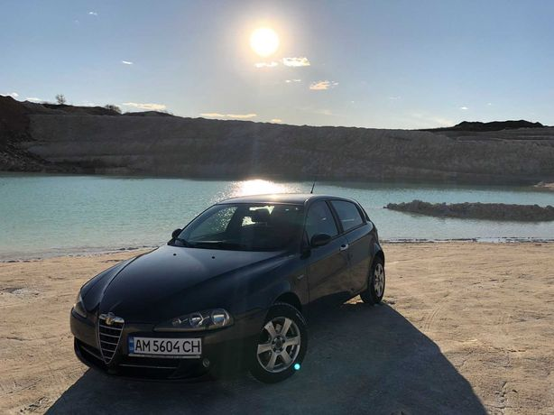 Продам авто Alfa Romeo