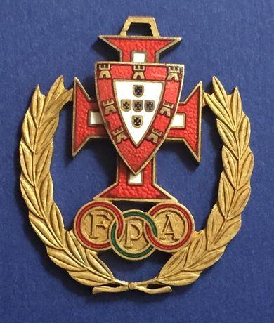 crachá Federação Portuguesa de ATLETISMO - esmaltado