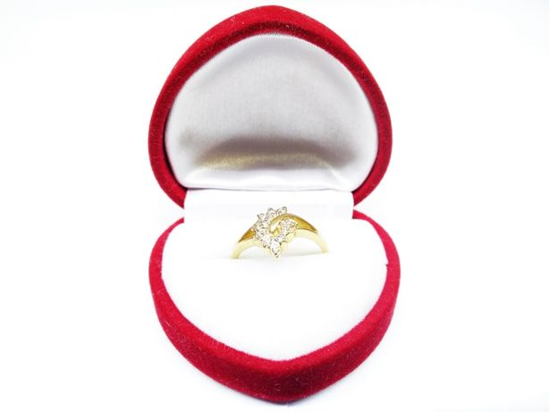 Złoty pierścionek z motywem liścia p.585 1,87g