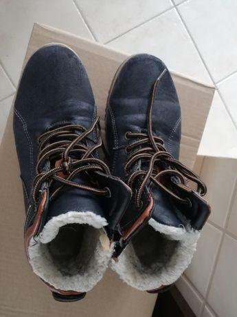 buty zimowe 37, 38 dla chłopca ,kozaki