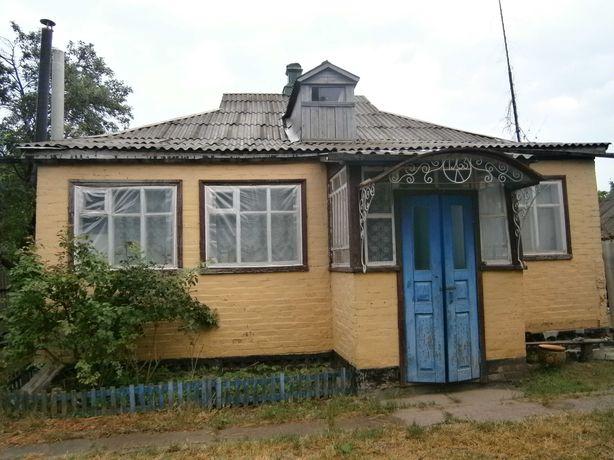 Продам будинок в смт. Опішня