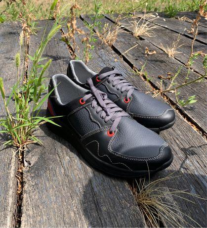 Детские кожаные кроссовки 35 36 размер