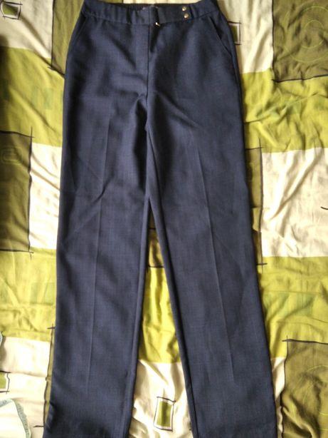 Очень удобные брюки на резинке