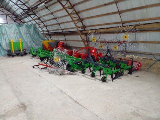 Навісне обладнання для тракторів та мотоблоків