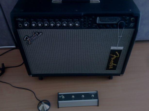 Amplificador FENDER Cyber Twin 130 watts - Novo.