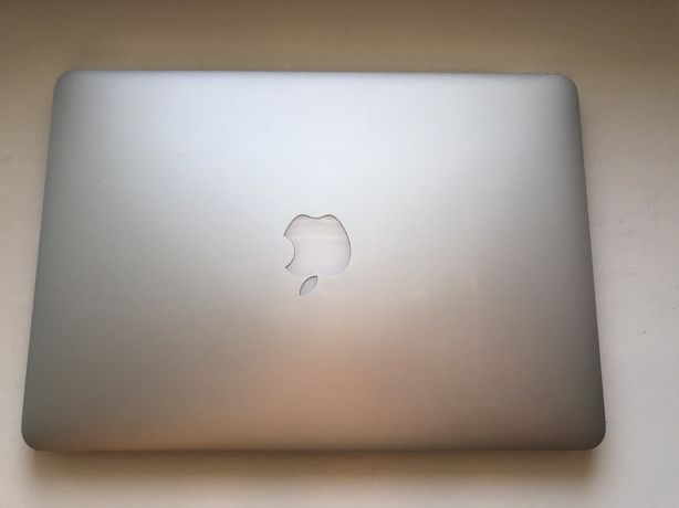 "Macbook Pro 13"" 2015 i5/8/128"