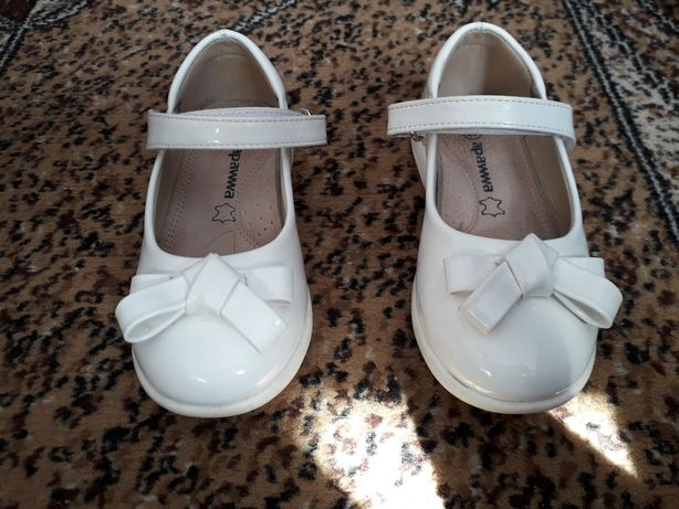 Туфельки, туфлі для дівчинки 27 розмір