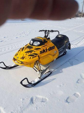 Снігохід Ski-Doo