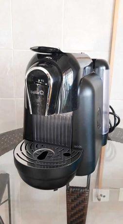 Máquina de Café Delta Q Qool