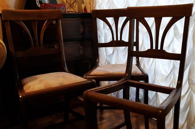 Conjunto de 3 cadeiras para restauro