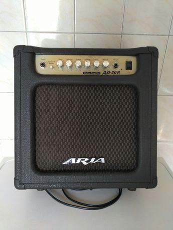 Продам комбик ARIA AG-20R
