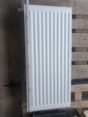 Grzejnik panelowy 90x40 cm