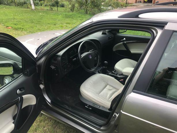 Sprzedam Saab95 2.0t z gazem 2006r. II właściciel