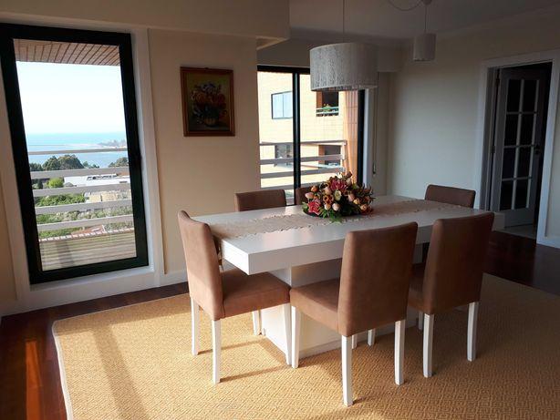 Alugo magnífico apartamento T3 não-mobilado com espetacular vista mar