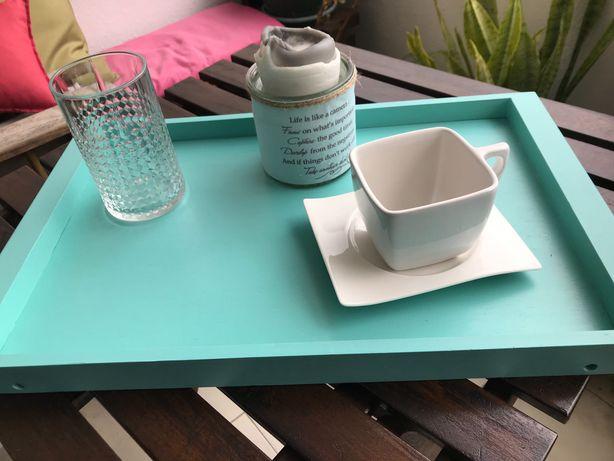 Tabuleiro / bandeja em madeira pintada azul turquesa
