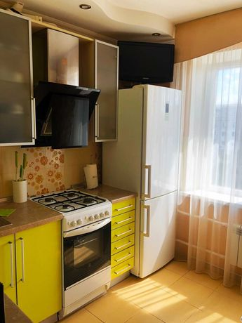 Продам 2 комнатную квартиру , 9 й микрорайон