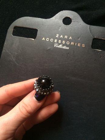 Кольцо с камнем Zara