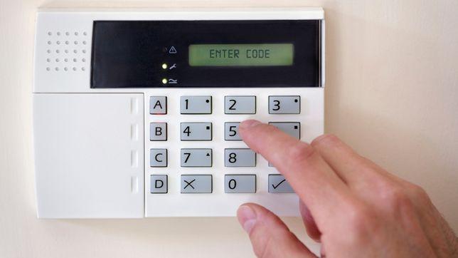 Alarmy napędy do bram Monitoring Promocje