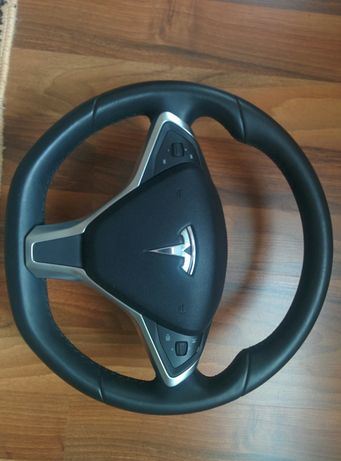 Продам руль Tesla Model S, без подогрева