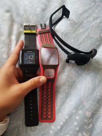 Vendo relógio Tomtom com GPS + 1 bracelete + carregador