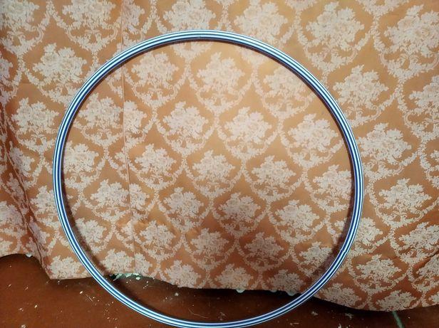 Пластмассовый обруч