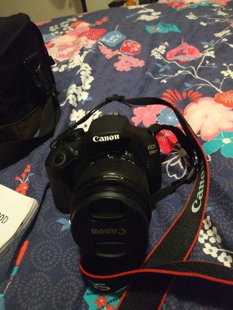 Máquina fotográfica Canon EOS 1200D