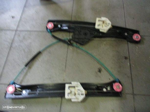 Elevador sem motor 13262410 BMW / f20 / 2014 / 5p / fd /