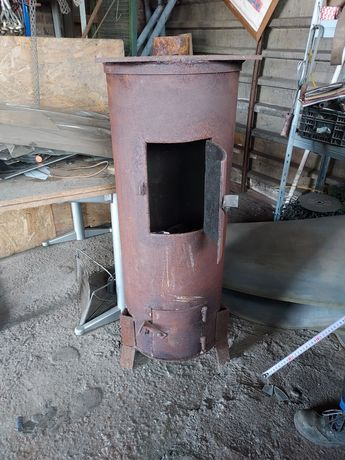 Duży Piec na węgiel lub drewno
