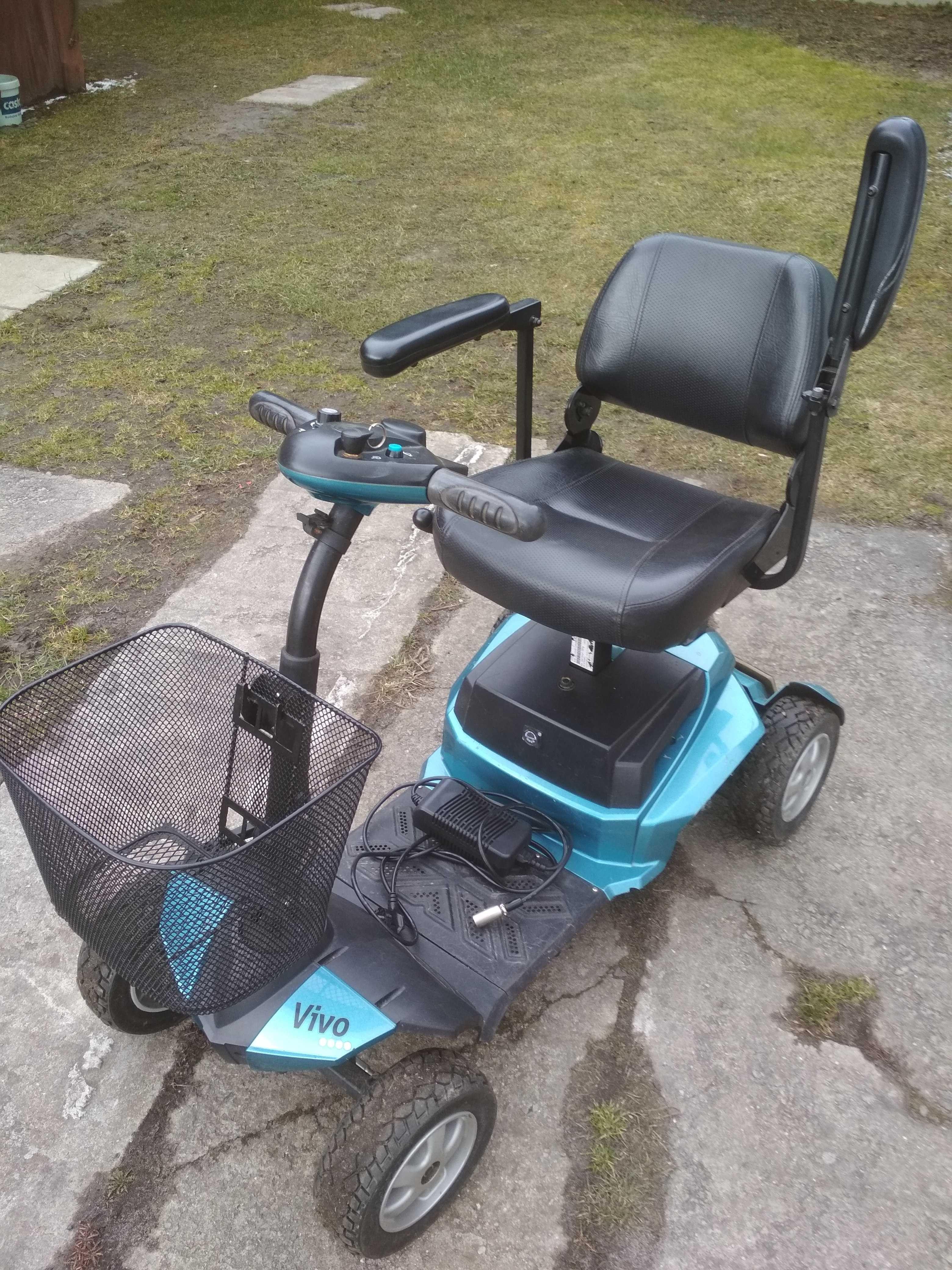 Wózek inwalidzki elektryczny VIVO