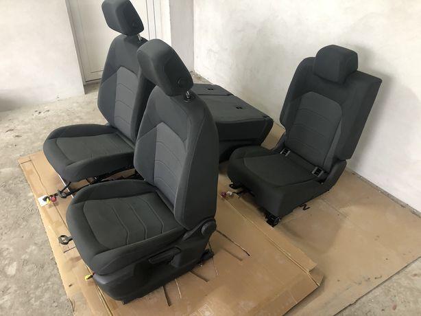 Fotele VW Touareg III 2019 rok