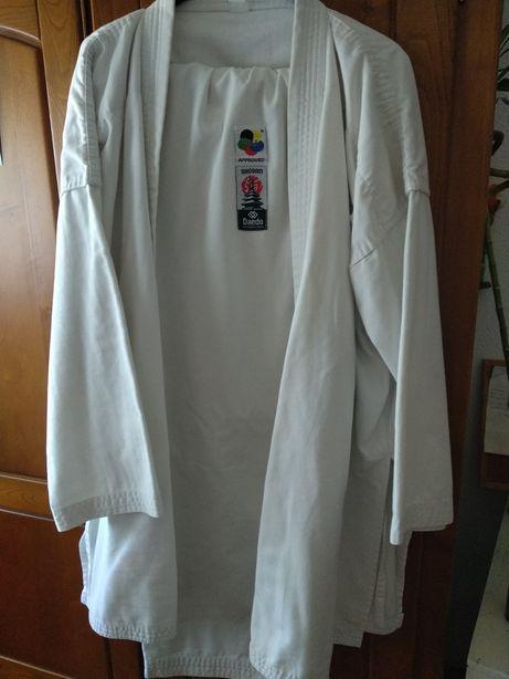 Vende-se kimono Daedo