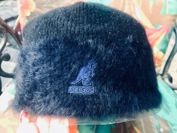 Зимняя тёплая женская шапка KANGOL. Новая .