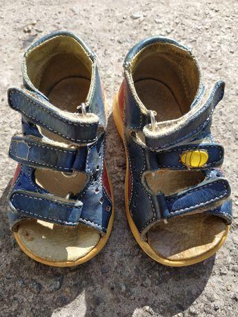 Босоножки сандали кожаные для первых шагов 3 вида 18-20 размеры