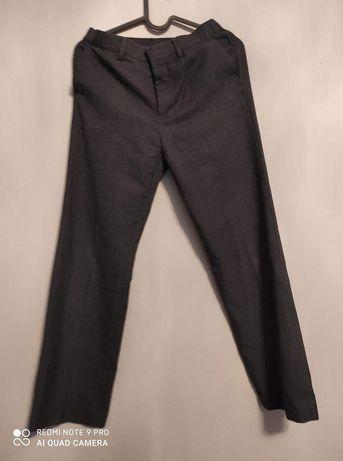 Szare spodnie garniturowe