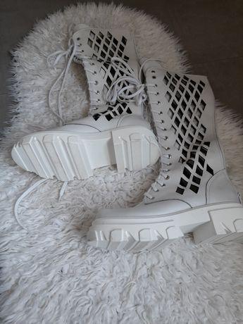 buty  kozaczki ażurowe firmy Beyco Pisarek