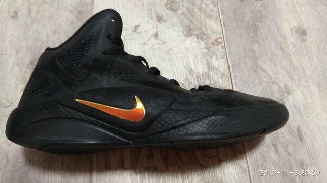 Кроссовки Nike 38 размер