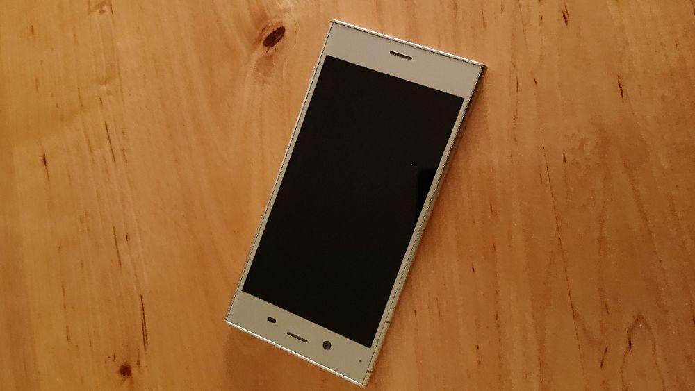 Продам Sony XZ1 серебристый Киев - изображение 1